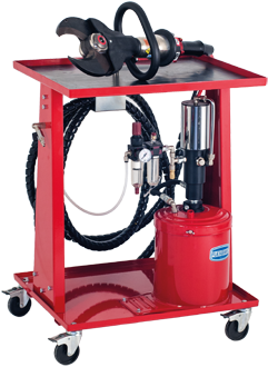 Wheeled kit with oil-pneumatic cutter with maximum blades opening of 130 mm